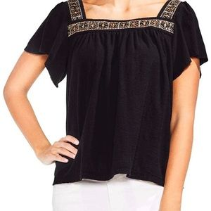 NWT Vince camuto square neck embroidered boho Tee